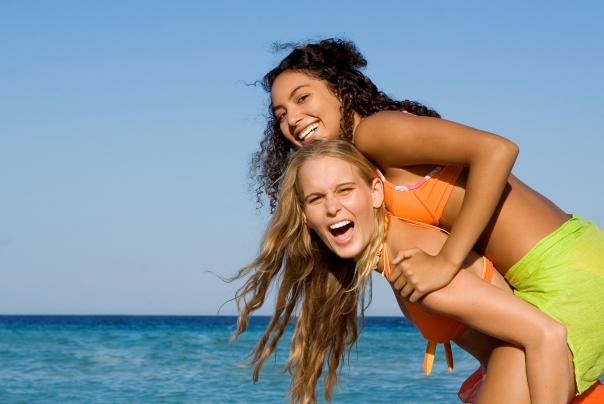 bikini piggyback